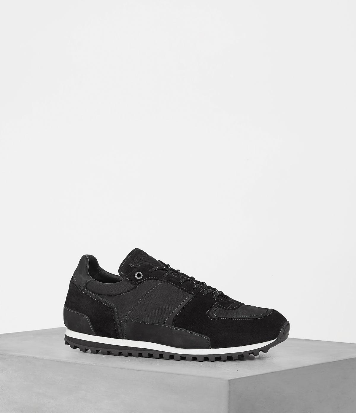 sterling-runner-sneaker