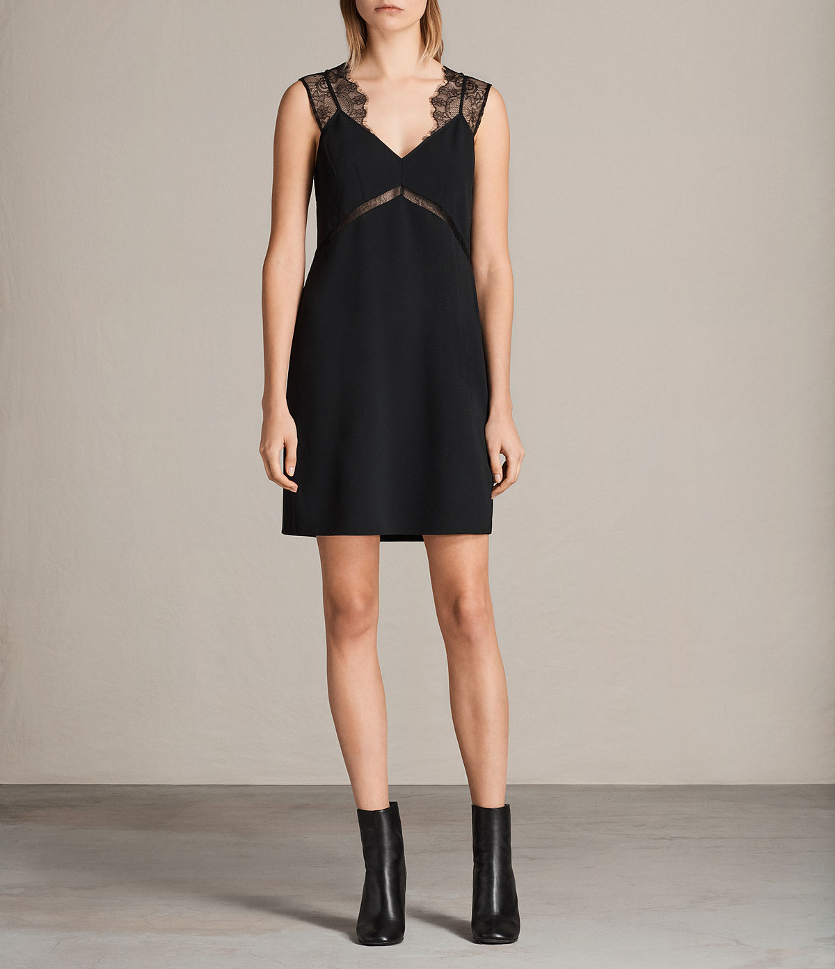 ally-dress