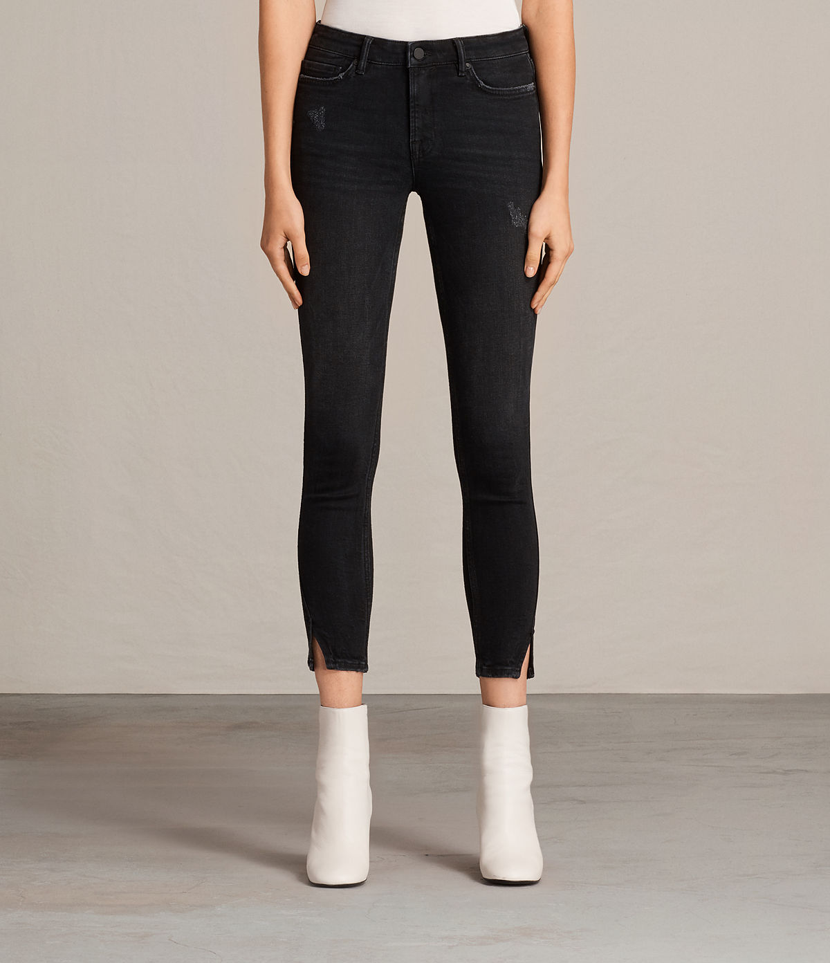 mast-twisted-jeans