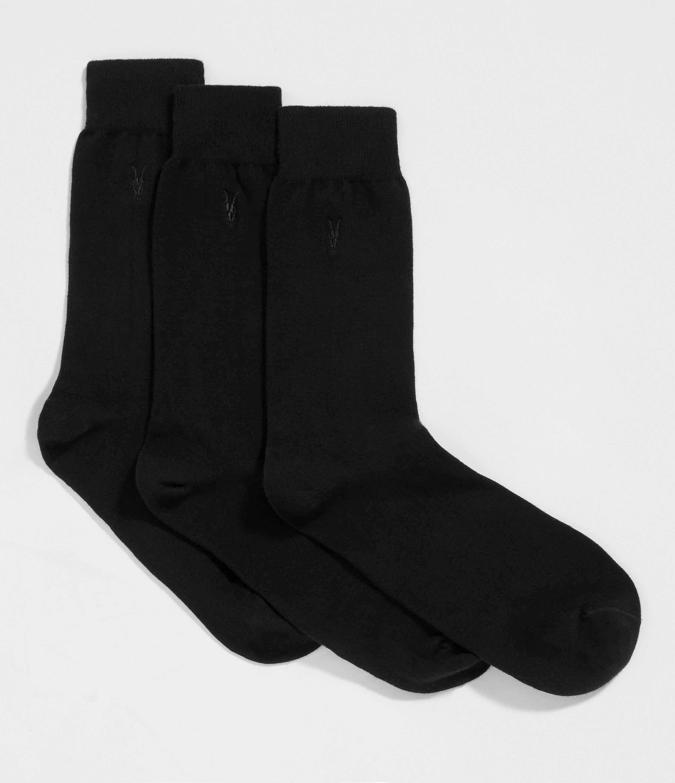 Artikel klicken und genauer betrachten! - Dieses Set enthlt drei Paar hochwertige Socken aus Baumwollmischstoff. Allesamt am Knchel mit unserem Ramskull-Logo bestickt.      Gre S/M passt den Schuhgren 40, 41 und 42.  Gre M/L passt den Schuhgren 43, 44 und 45.          Regulre Passform.  80% Baumwolle, 18% Polyamid, 2% Lycra  Wird in einer AllSaints Geschenbox geliefert.   Im Schonprogramm waschen. | im Online Shop kaufen