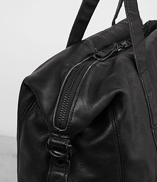 Mens Meguro Leather Holdall (Washed Black) - product_image_alt_text_2