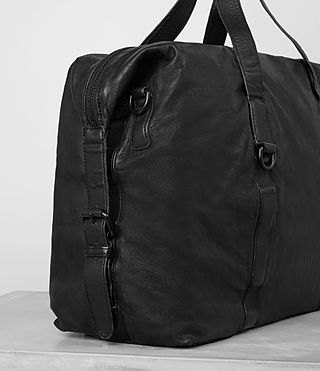 Mens Hart Leather Holdall (Washed Black) - product_image_alt_text_2