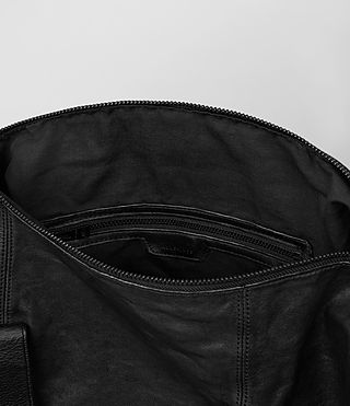 Hombre Hart Holdall (Washed Black) - product_image_alt_text_4