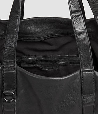 Mens Hart Leather Holdall (Washed Black) - product_image_alt_text_6