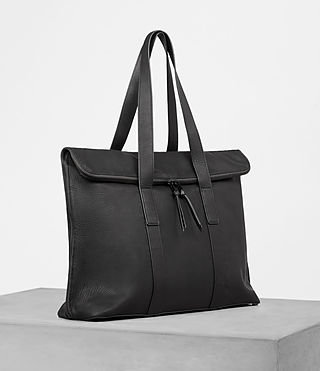 Hombre Toguri Leather Holdall (Black) - product_image_alt_text_3
