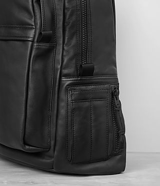Herren Flight Leather Rucksack (Washed Black) - product_image_alt_text_2