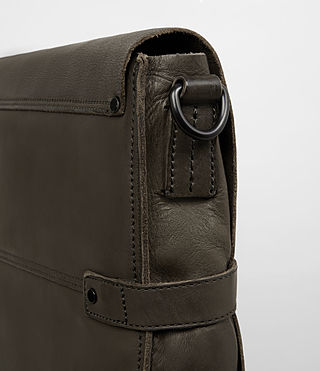 Hombres Storm Leather Messenger Bag (Washed Bitter) - product_image_alt_text_2