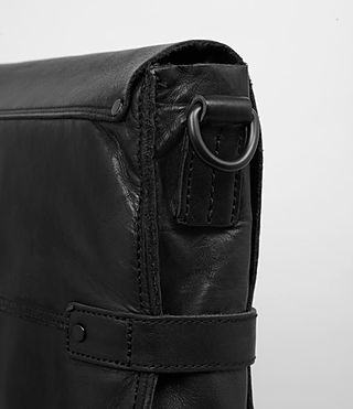 Hombre Storm Leather Messenger Bag (Washed Black) - product_image_alt_text_2