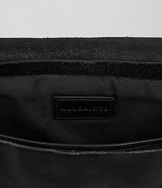 Hombre Storm Leather Messenger Bag (Washed Black) - product_image_alt_text_4