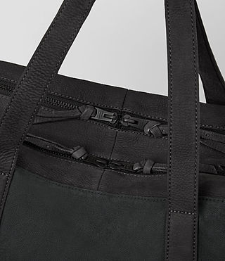 Men's Aichi Leather Holdall (Washed Ink) - product_image_alt_text_3