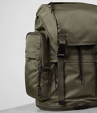 Men's Nakano Rucksack (WSH LT KHAKI GREEN) - product_image_alt_text_3
