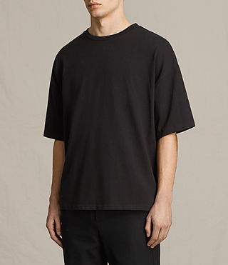 Men's Ivon Crew T-Shirt (Washed Black) - product_image_alt_text_2