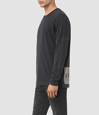 Hombres Disarm Long Sleeve Crew T-Shirt (Vintage Black) - product_image_alt_text_2