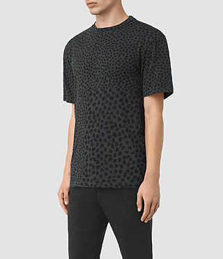 Hombres Camiseta Leopard Polka (Charcoal) - product_image_alt_text_2