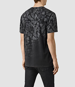 Hombres Cloud Camo Crew T-Shirt (Vintage Black) - product_image_alt_text_3