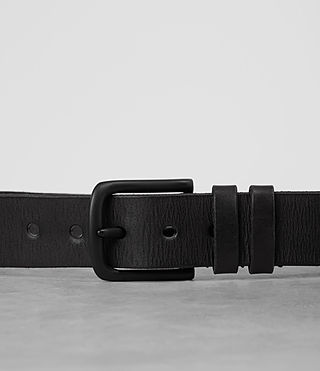 Hombres Strap Leather Belt (Black) - product_image_alt_text_2
