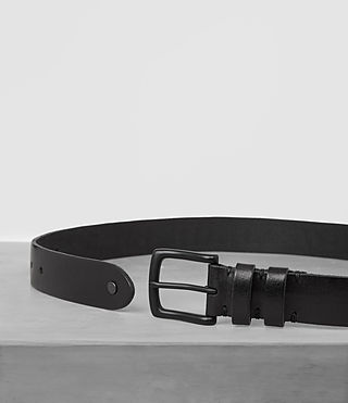 Men's Ruck Slim Leather Belt (Jet Black) - product_image_alt_text_4