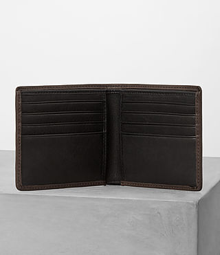 Hombres Attain Leather Cardholder (Choc) - product_image_alt_text_3