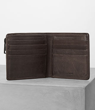 Hombres Havoc Leather Wallet (PERFORATED WSH CHC) - product_image_alt_text_3