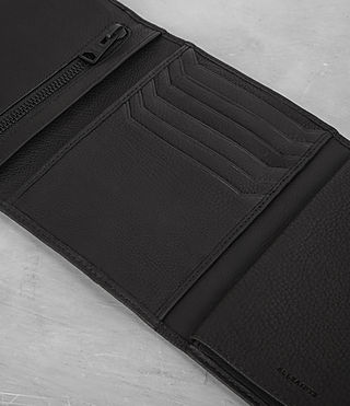 Mens Detour Travel Wallet (Black) - product_image_alt_text_2