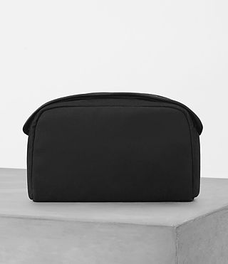 Hombre Minato Washbag (Black) - product_image_alt_text_1
