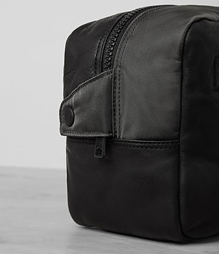 Mens Shoto Leather Washbag (Washed Black/Grey) - Image 2