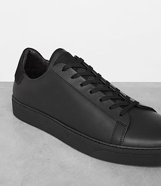 Uomo Sol Low Top Sneaker (Black) - product_image_alt_text_2