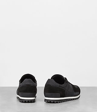 Hombres Sterling Runner Sneaker (Washed Black) - product_image_alt_text_5