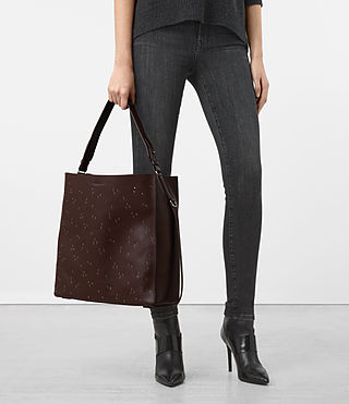 Mujer Junai North South Tote (PRUNE) - product_image_alt_text_2