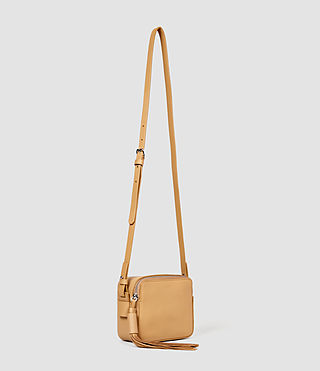 Femmes Pearl Mini Camera Bag (LIGHT CARAMEL) - product_image_alt_text_2
