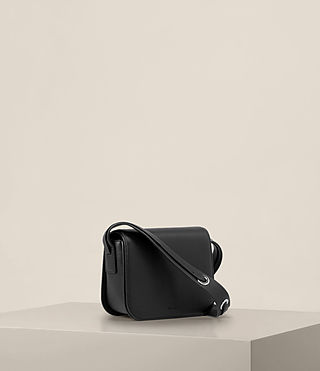 Donne Ikuya Crossbody (Black) - product_image_alt_text_4