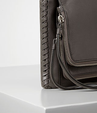 Damen Club Crossbody (Dark Grey) - product_image_alt_text_3