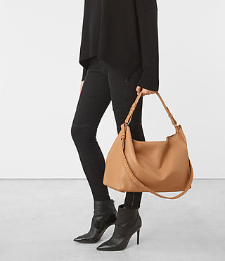 Women's Kita East West Tote (LIGHT CARAMEL) - product_image_alt_text_2