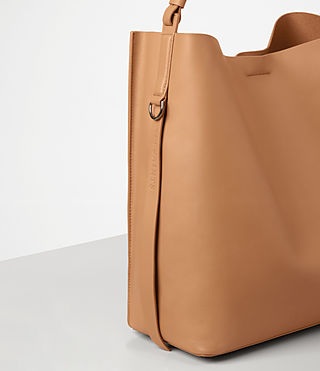 Womens Paradise North South Tote (LIGHT CARAMEL) - product_image_alt_text_3