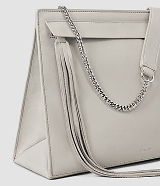 Mujer Kyo Shoulder Bag (Light Grey) - product_image_alt_text_4