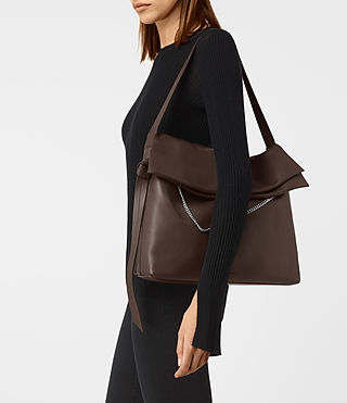 Damen Lafayette Large Shoulder Bag (PRUNE) - product_image_alt_text_2