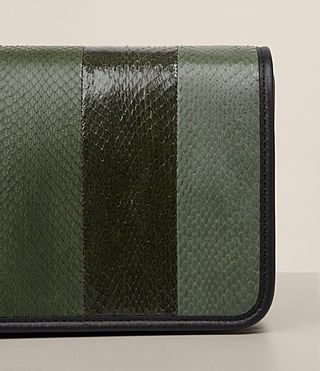 Mujer Bansho Shoulder Bag (FOREST GREEN/BLACK) - product_image_alt_text_2