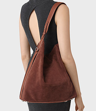 Donne Paradise North South Suede Tote (BRANDY/BRICK BROWN) - product_image_alt_text_2