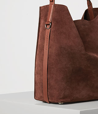 Donne Paradise North South Suede Tote (BRANDY/BRICK BROWN) - product_image_alt_text_3