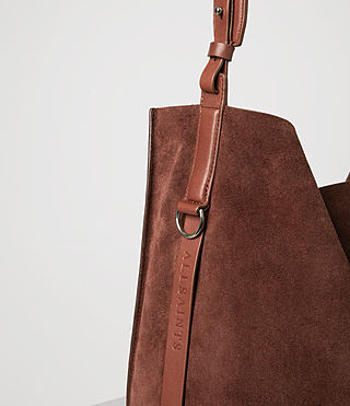 Donne Paradise North South Suede Tote (BRANDY/BRICK BROWN) - product_image_alt_text_7
