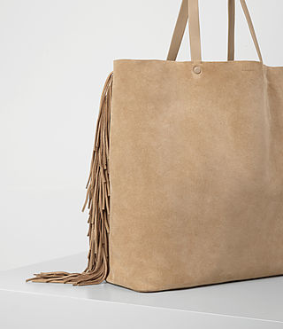 Women's Club New Lea Fringe Tote (Sand) - product_image_alt_text_2