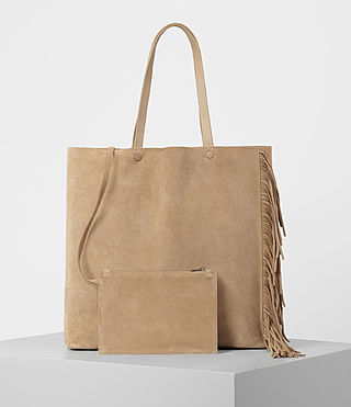 Women's Club New Lea Fringe Tote (Sand) - product_image_alt_text_5