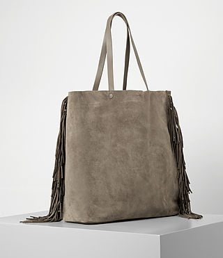 Women's Club New Lea Fringe Tote (Almond/Taupe) - product_image_alt_text_3