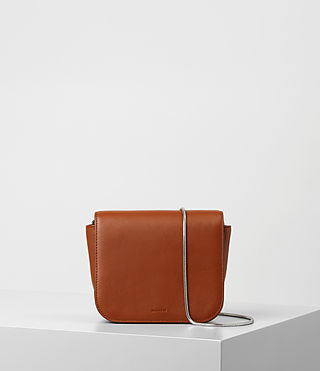 Mujer Arc Crossbody (SIENNA BROWN) - product_image_alt_text_1