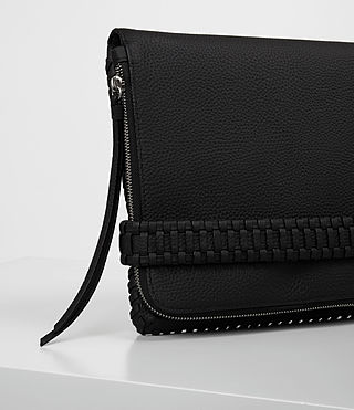 Mujer Club Large Clutch (Black) - product_image_alt_text_3