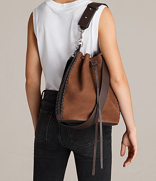 Women's Ray Nubuck Bucket Bag (COFFEE BROWN) - Image 2