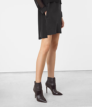 Femmes Radial Dress (Black) - product_image_alt_text_3