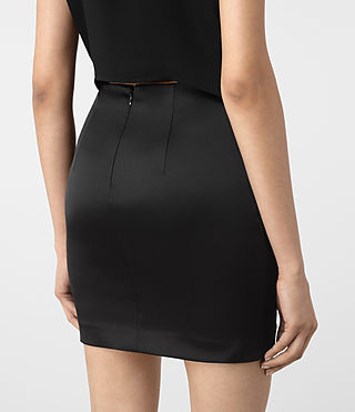 Mujer Iri Dress (Black) - product_image_alt_text_4