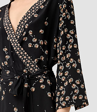 Mujer Alva Fraise Silk Dress (Black) - product_image_alt_text_2