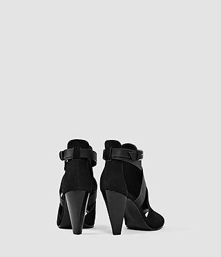 Mujer Benny Heel Sandal (Black) - product_image_alt_text_3